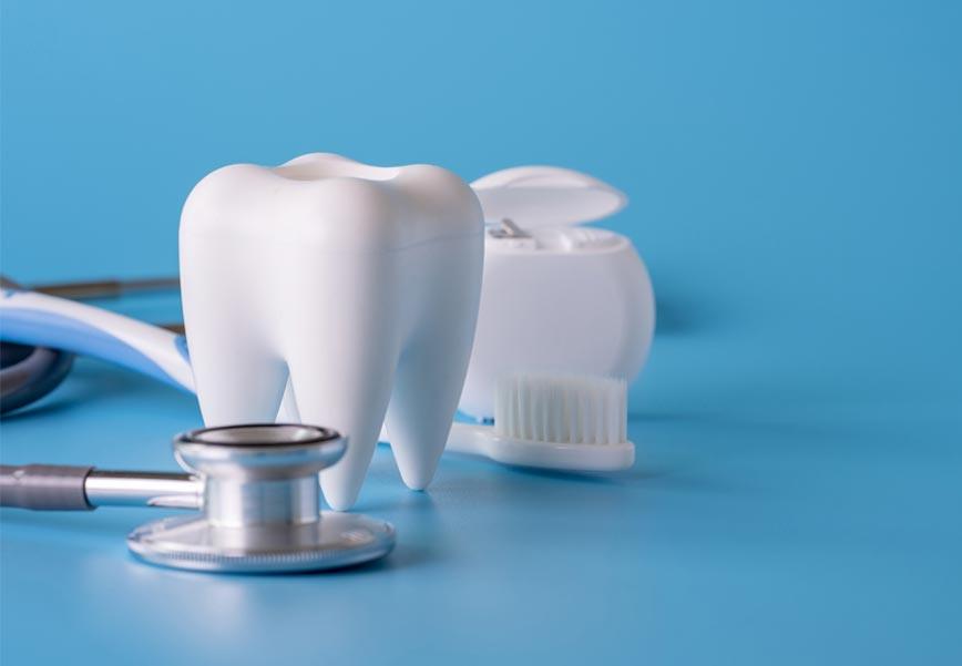 Emergency gum treatment, single image