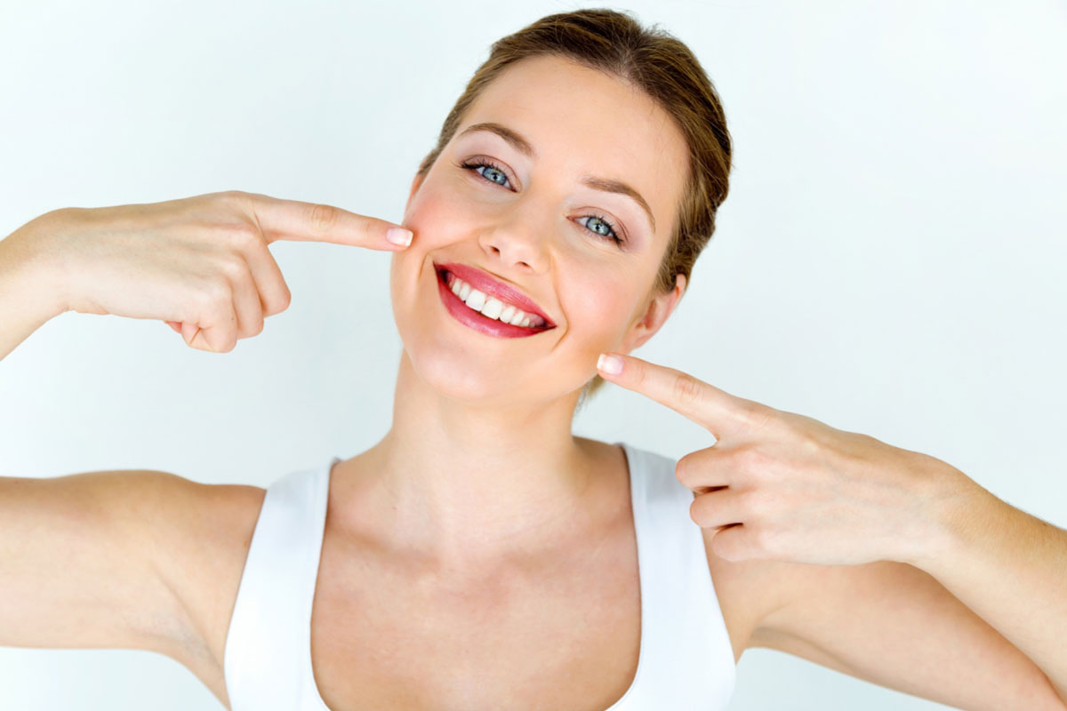 Benefits And Side Effect Of Teeth Whitening